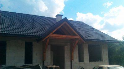 Domek jednorodzinny Kompleksowe pokrycie dachu dachówką zakładkową rok. 2009 Konstancin Jeziorna